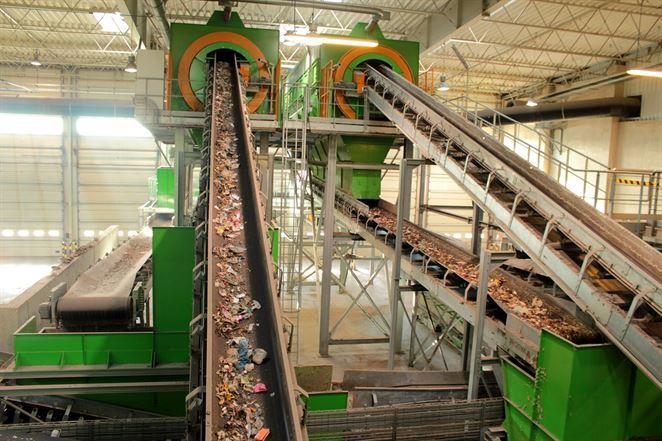 Triedenie odpadu pri zdroji ako úprava odpadu. Envirorezort predstavil návrh vyhlášky