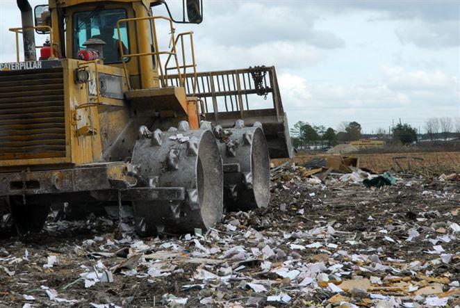 Zákon o poplatkoch za uloženie odpadov