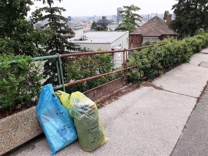 OLO si vrecový zber v Bratislave pochvaľuje, vytriedené odpady sú čistejšie