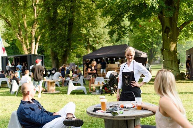 FOOD FEST v parku bojuje proti odpadu. Riad môžete zjesť alebo skompostovať