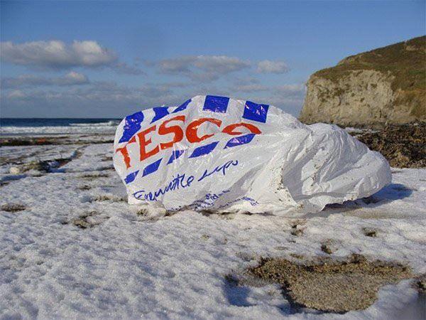 Tesco sa zaviazalo, že do roku 2019 zakáže všetky nerecyklovateľné obaly