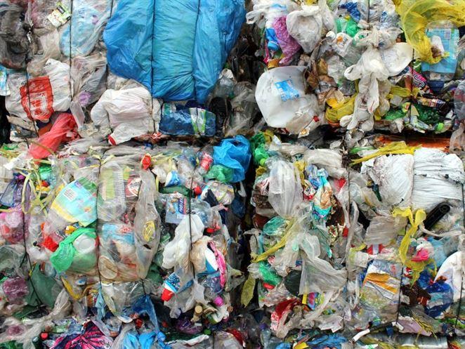 Čína obmedzí dovoz odpadu limitom kontaminácie. Číslo prekvapilo