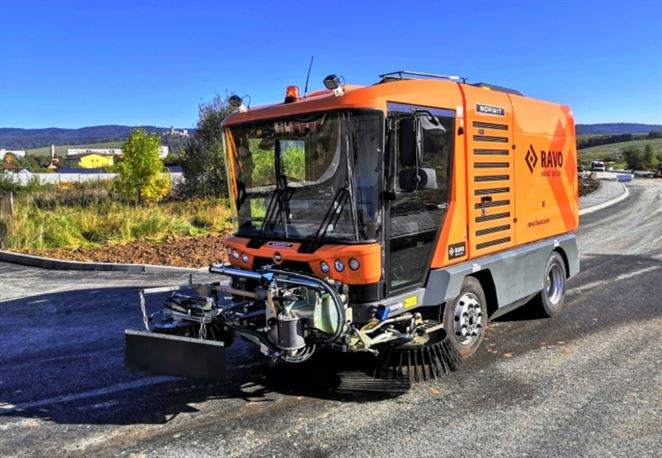 Stará Ľubovňa má nový zametací stroj, verejné obstarávanie vyhrala NORWIT SLOVAKIA
