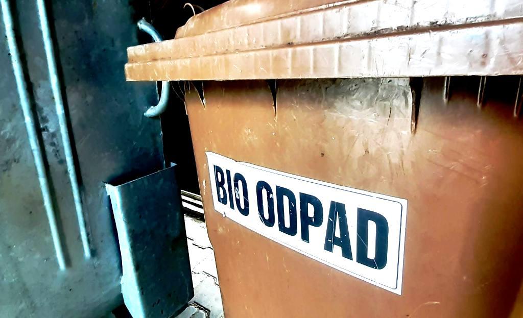 Plošný zber kuchynského bioodpadu nie je zavedený nikde vo svete okrem Slovenska
