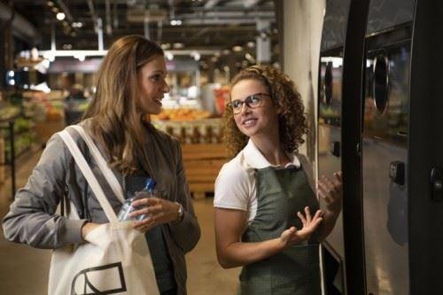TOMRA na veľtrhu EuroShop maloobchodníkom predstaví výkup a recykláciu obalov