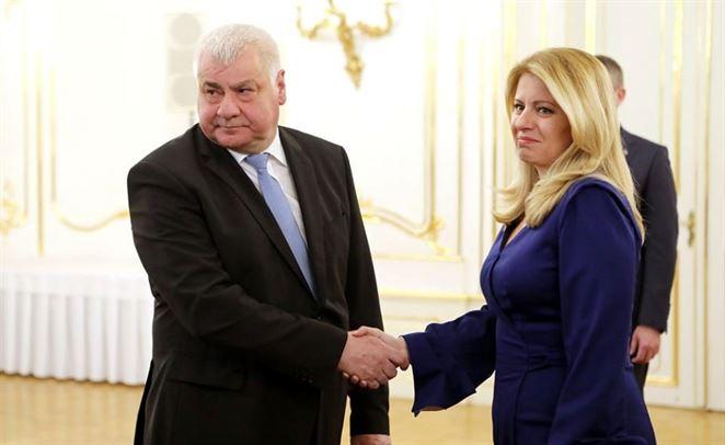 Zuzana Čaputová, Árpád Érsek