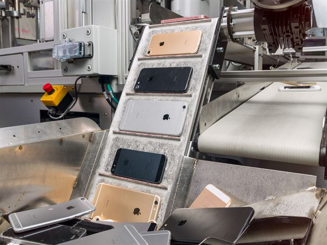Daisy je robot, ktorý recykluje zariadenia iPhone