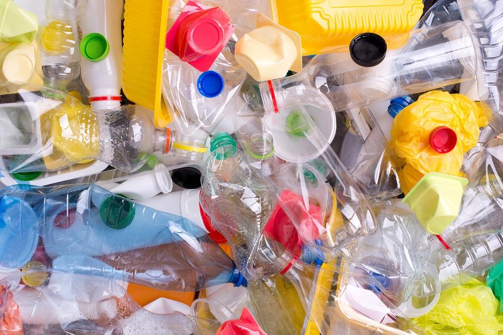 Čo všetko vieme o využívaní plastov v Európe?