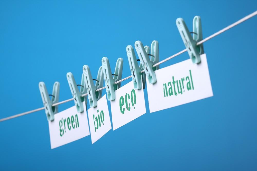 Európska komisia si chce v novej spotrebiteľskej agende posvietiť na greenwashing