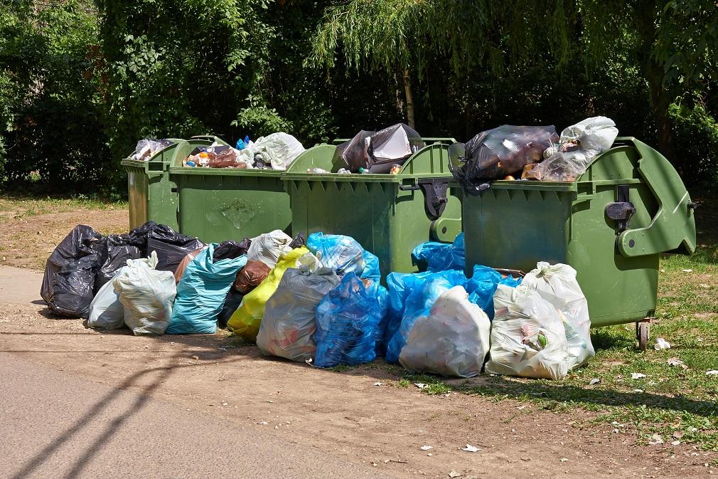 Priemerný občan EÚ ročne vyprodukuje pol tony odpadov. Slováci menej