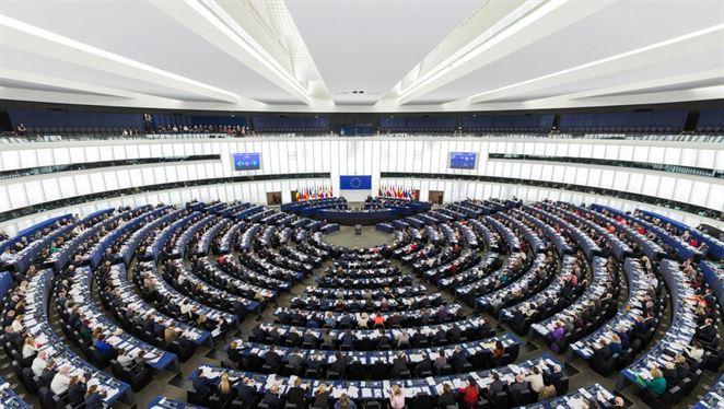 Európsky parlament schválil balíček obehového hospodárstva. Viac recyklácie a menej skládkovania
