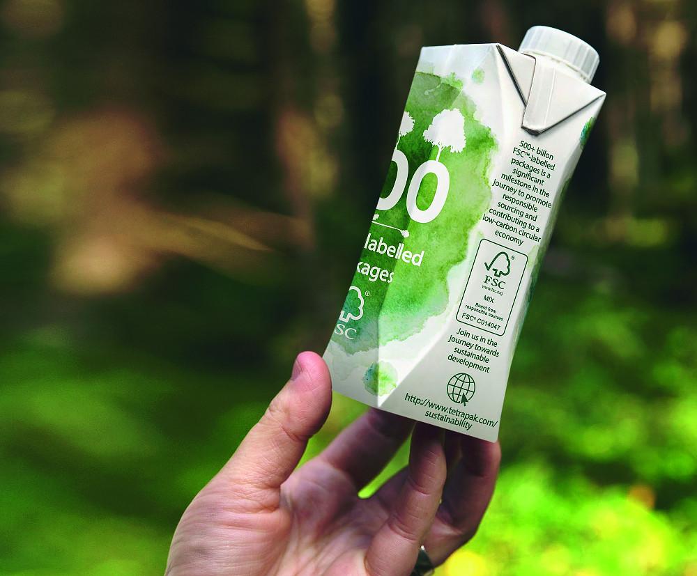 Tetra Pak buduje veľkú recyklačnú linku na nápojové kartóny
