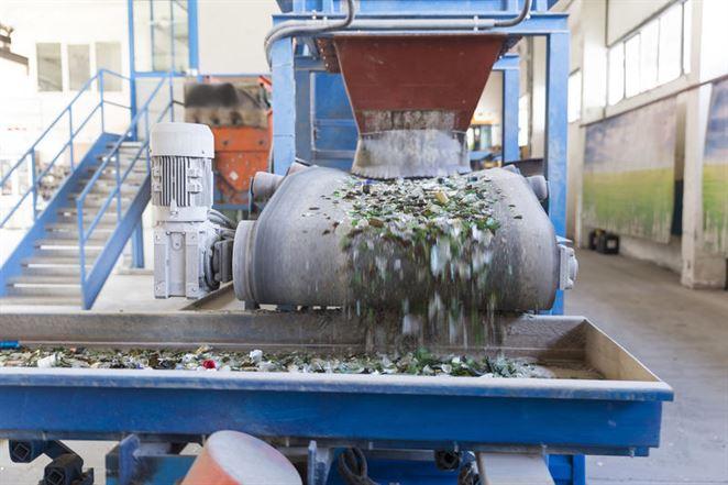 V Košiciach vyrastie zariadenie na recykláciu odpadu zo skla