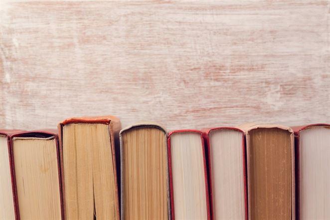Knihy sú neobalmi, postup ministerstva je nekorektný, tvrdia právnici