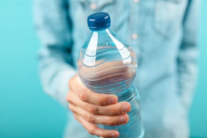 O zavedení zálohovania fliaš uvažujú aj v Lotyšsku