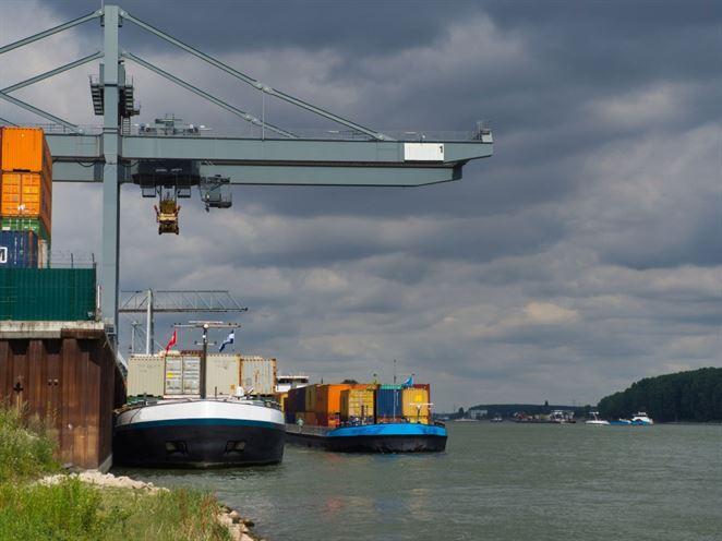 Považujú sa zvyšky vzniknuté pri havárii na lodi za odpad vytvorený na palube lode?
