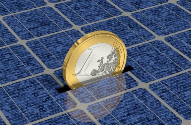 Českí výrobcovia vyhrávajú spor o poplatky za recykláciu fotovoltických panelov