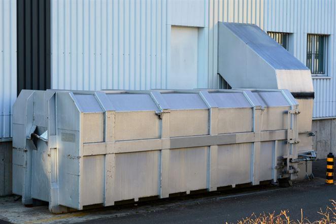 Potrebujete pre lisovanie odpadu súhlas na prevádzkovanie zariadenia na zhodnocovanie odpadov?