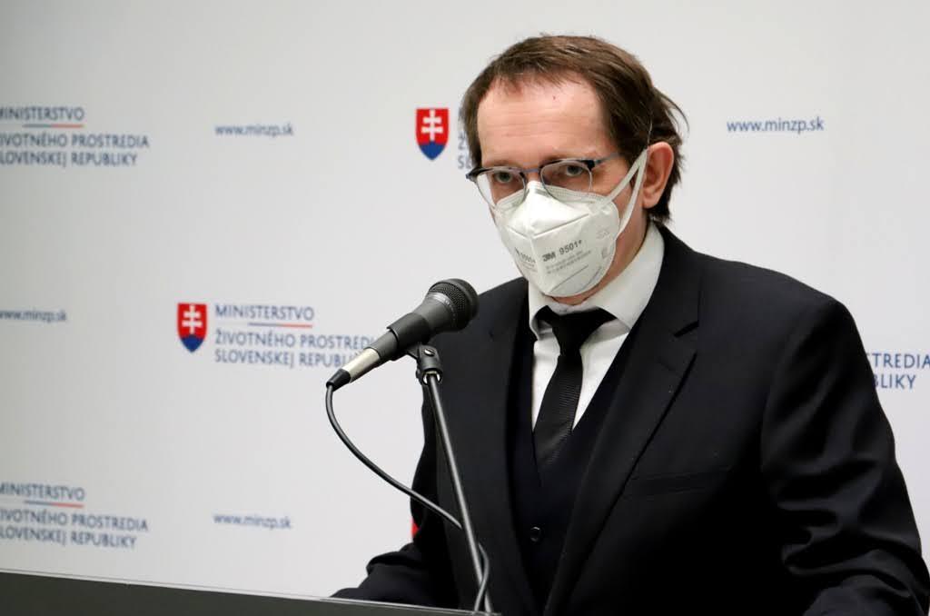 J. Smatana: Nechceme dotovať recyklačné kapacity na kombinované plastové obaly