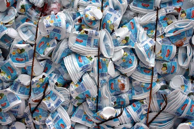 Európska komisia nebude zdaňovať plasty