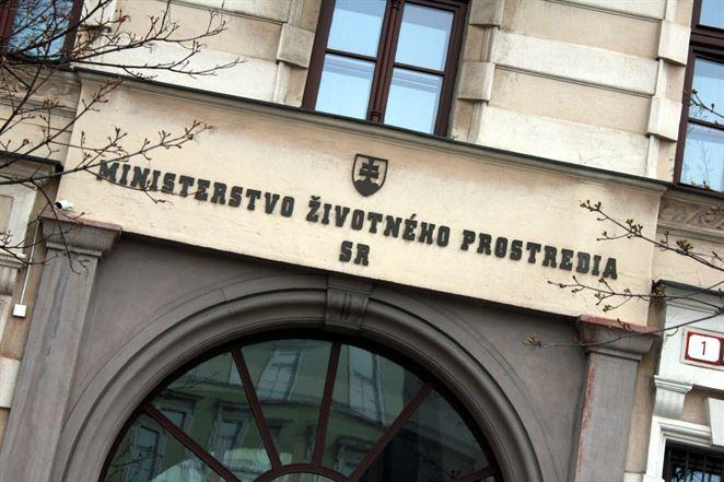 Ministerstvo opravilo vyhlášku o o skládkovaní odpadov a uskladnení odpadovej ortuti