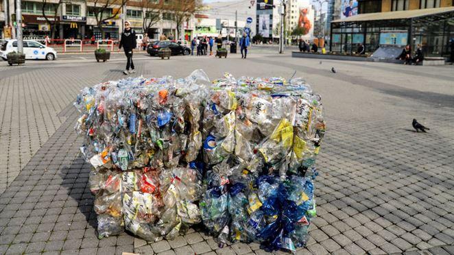 Výpadok recyklačných poplatkov v OZV-čkach sa zatiaľ veľmi neprejavuje