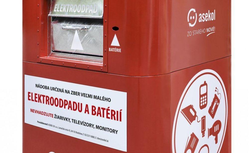 Červeno-biele kontajnery na drobný elektroodpad pribudli už aj v bratislavskej Petržalke