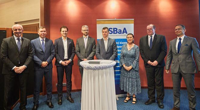 Deväť firiem založilo Slovenskú batériovú alianciu