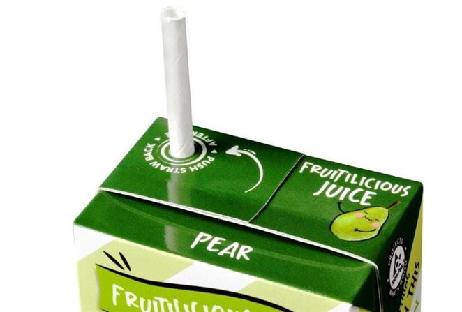 TetraPak uvádza na trh v Európe papierové slamky