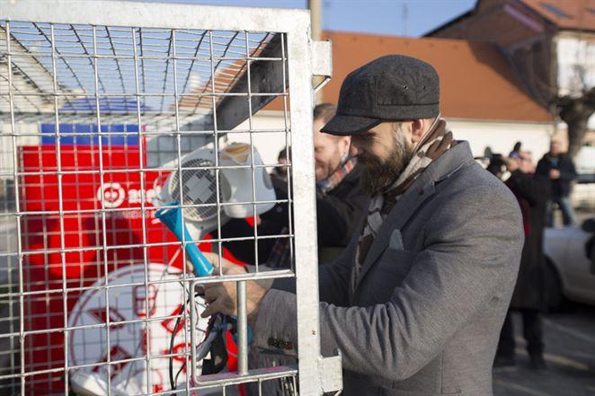 ASEKOL predstavil v Trnave červeno-biele kontajnery na zber malých elektrospotrebičov