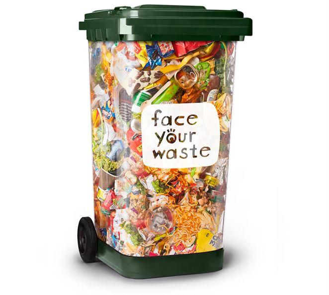 Priehľadné kontajnery majú zvýšiť separovanie odpadu