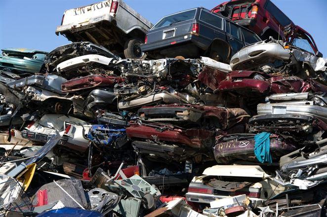 Recyklátori automobilov vidia súčasnú situáciu lepšie ako vyhliadky do budúcnosti