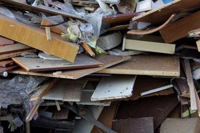 Spracovatelia odpadu musia hľadať nové cesty. Dni veľkých zákazok od pár hráčov sú preč