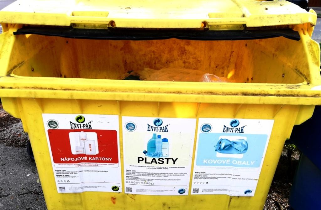 Bez zavedenia RZV by boli aktuálne poplatky občanov za odpad vyššie