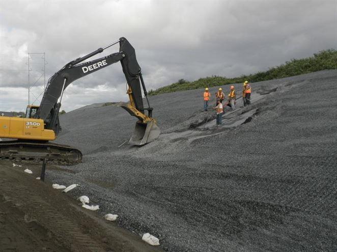 AVE SK pridáva kapacitu skládky odpadov v Senci zvýšením hrádze