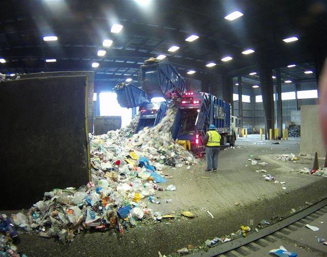 Recyklácia je vraj druhý najvýnosnejší biznis v odpadoch