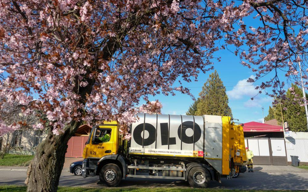 Ako budú fungovať služby OLO počas májových sviatkov?