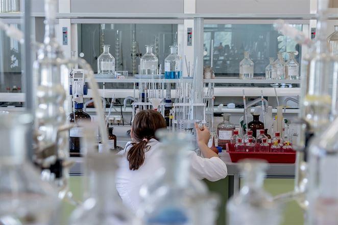 Vedci vyrobili ekologické tehly z ľudského moču