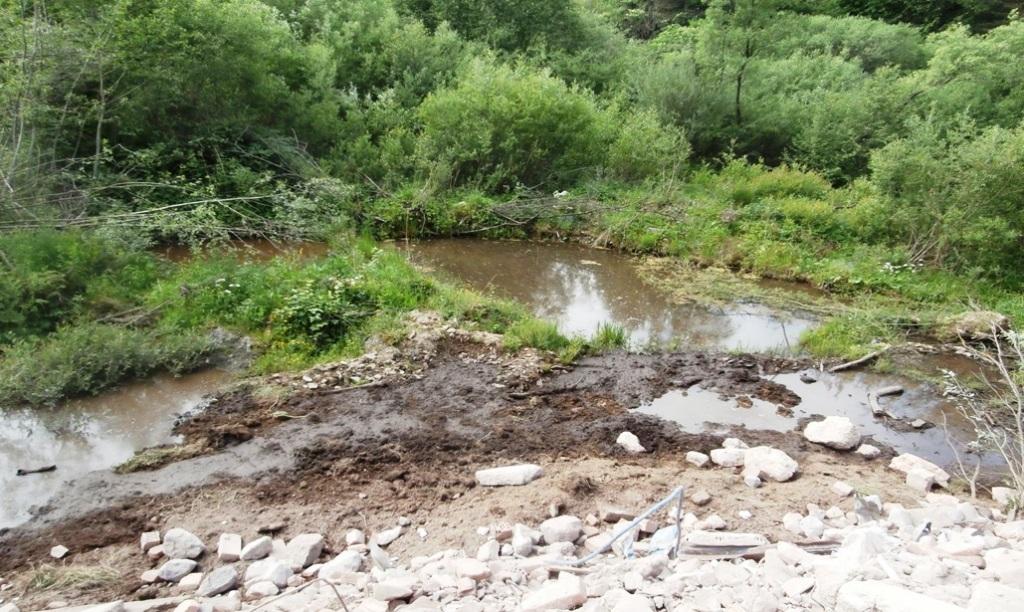 Nebezpečný odpad končil na čiernych skládkach na Orave. SIŽP sa obrátila na políciu