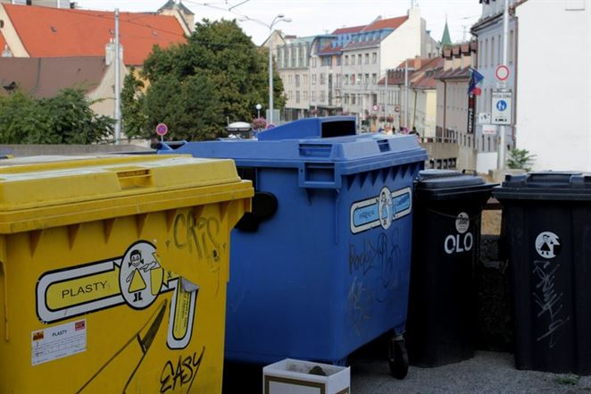 Zrušenie poplatku za odpad pre ľudí, ktorí triedia? Na Slovensku to nejde