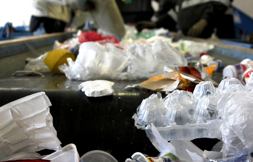 Pandemické obmedzenia neovplyvnili mieru triedenia, ak sa nezmenila frekvencia zberu odpadu