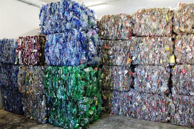 Slovenský výrobca peliet z kalu ČOV a biomasy chce po novom využívať aj plastový odpad