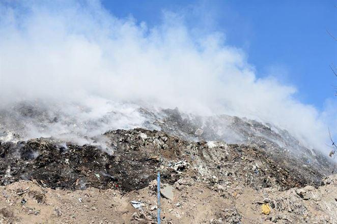 Za požiare na skládkach odpadu v Poľsku vraj môžu prevádzkovatelia
