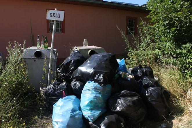 Potravinári hrozia prepúšťaním v dôsledku zákona o odpadoch