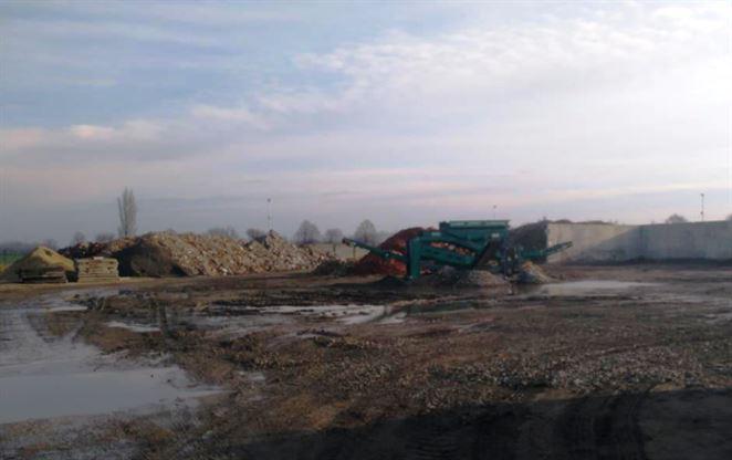 Novozámocká firma plánuje kúpiť tri nové zariadenia na zhodnocovanie stavebného odpadu
