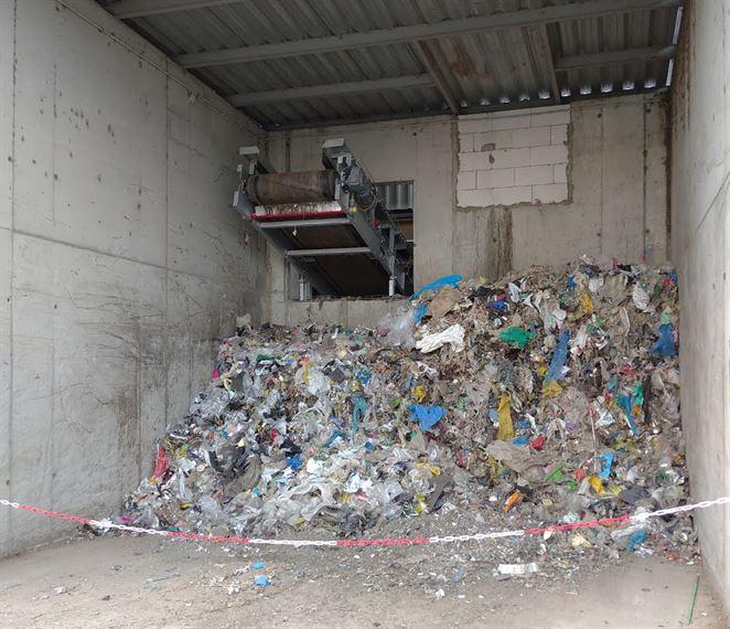 Povinná úprava odpadu pred skládkovaním nebude skôr ako v roku 2022