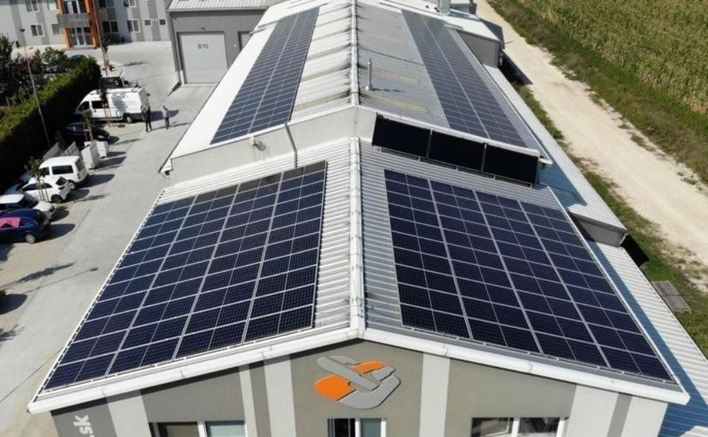Slovenský výrobca triediacich liniek poháňa výrobu aj solárnou energiou