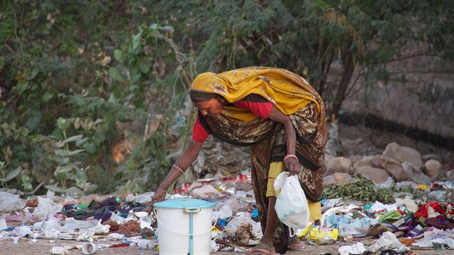 Ako sa ázijské krajiny zaoberajú znečistením plastmi?