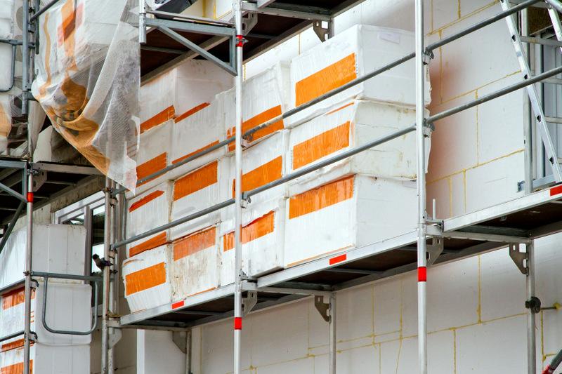 Na Slovensku treba odštartovať opatrenia proti skládkovaniu plastov