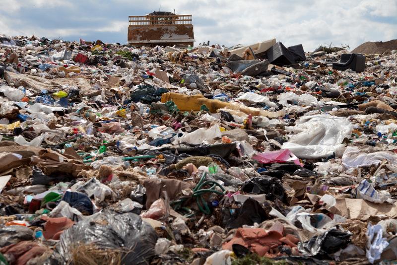 Ministerstvo nevie, koľko skládok odpadov nemá plán úpravy